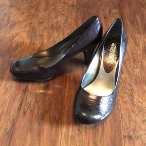 Kenneth Cole Reaction Patent Snakeskin Pumps